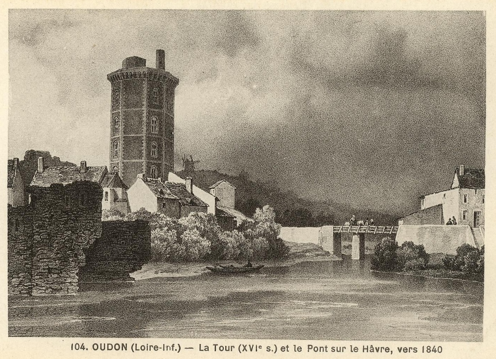 View of the castle before its restoration.